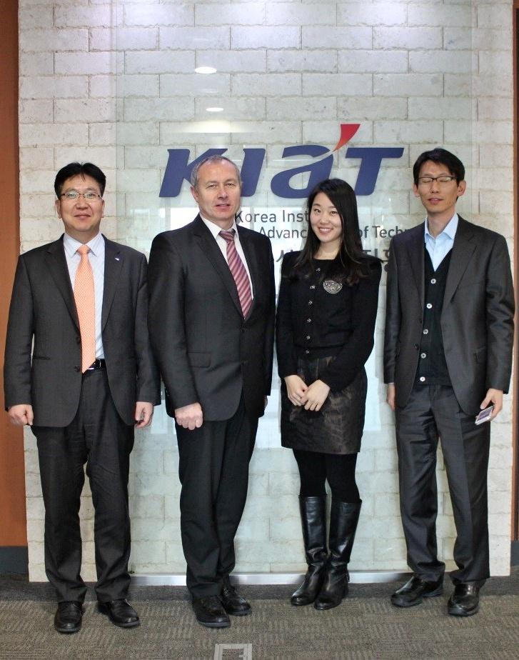 Jednání o mezinárodní spolupráci v aplikovaném výzkumu na KIAT 2014